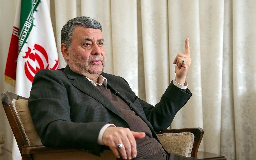هشدار عضو مجمع تشخیص مصلحت درباره خطری که کشور را تهدید می کند  | صدر: موضعگیری رهبری برخلاف نظر تندروها بود