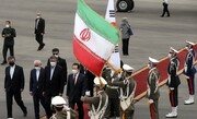 تصاویر | نخستین سفر یک نخستوزیر کرهجنوبی به تهران | چه کسی در فرودگاه از چانگ سیه کِیون  استقبال کرد؟ | پوشش زنان هیئت کرهای