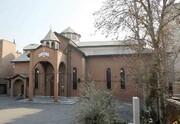 ورودی کلیسای «تارگمانچاتس» در کوچه هلند تغییر میکند
