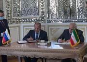 ویدئو | لحظه امضای موافقتنامه ایران و روسیه