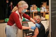 انگلیس واکسیناسیون کرونای همه بزرگسالان بالای ۵۰ سال را به پایان رساند