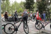 بزرگراه شهید همت صاحب لاین دوچرخه شد  | از بلوار میرداماد تا میدان مادر رکاب بزنید