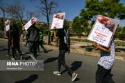 تصاویر | گرداندن متهمان حوادث چهارشنبه سوری در مشهد