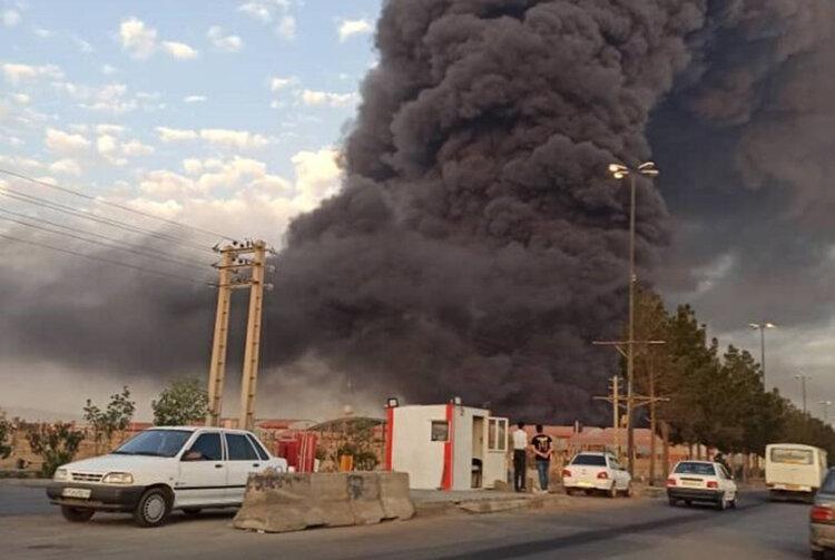 افزایش تعداد مصدومان آتشسوزی در کارخانه الکل قم