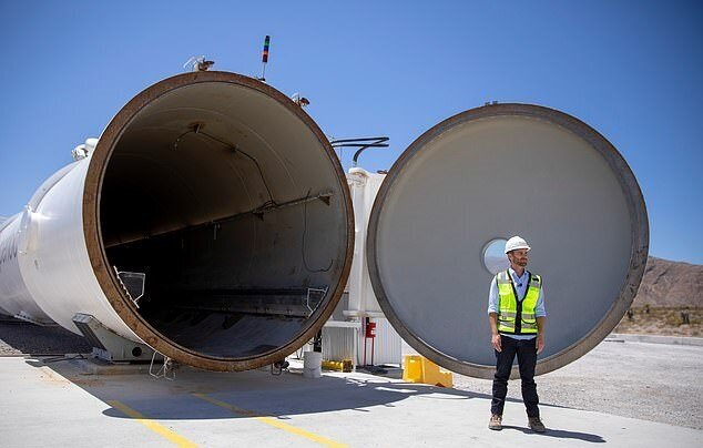 تصاویر از لاس وگاس| سفر با لوله های آهنی با سرعت دو برابر هواپیما