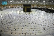 عکس روز| نماز با فاصله اجتماعی