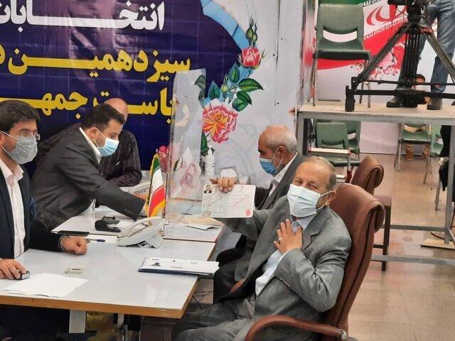 شب های مناظره اگر صالحی و عباسی تایید شوند | وقتی تلویزیون تاج زاده را سانسور کرد | روایت روز چهارم ثبت نام ها