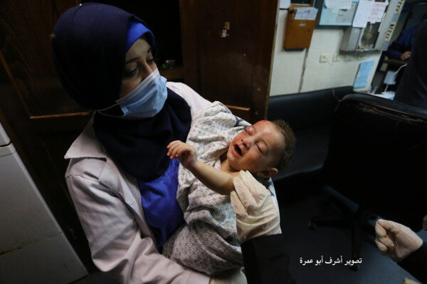 عکس | تنها بازمانده حملات وحشیانه رژیم صهیونیستی در شهرک ساحلی غزه