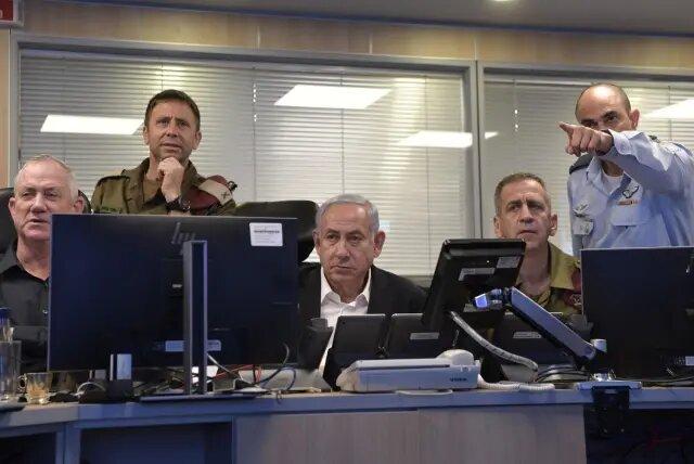 نتانیاهو در اتاق جنگ
