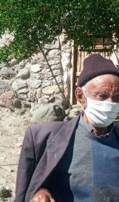 تصویر   تزریق واکسن کرونا به پیرترین مرد ایران