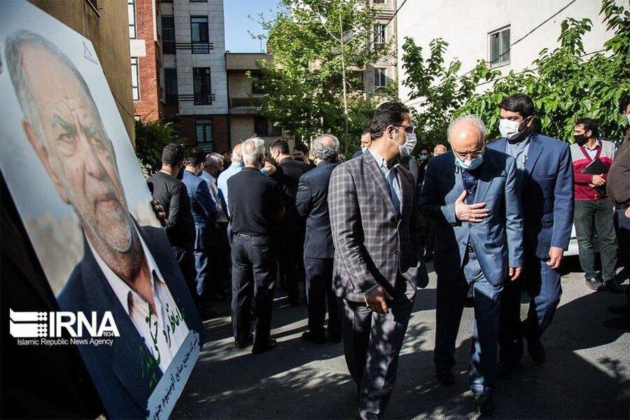تصاویر | چهرههادر مراسم تشییع زندهیاد اکبر ترکان