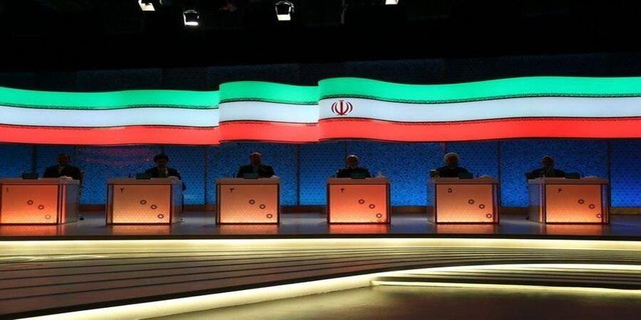 دکورهای چهار دوره مناظرههای انتخاباتی
