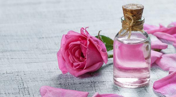 با خواص شگفتانگیز گلاب آشنا شوید
