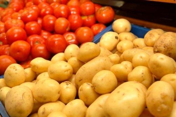 گوجهفرنگی و سیبزمینی تا ۱۰ روز آینده ارزان میشود