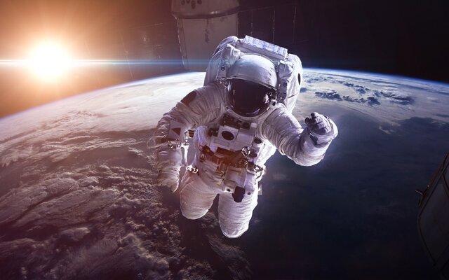فیلم فضایی