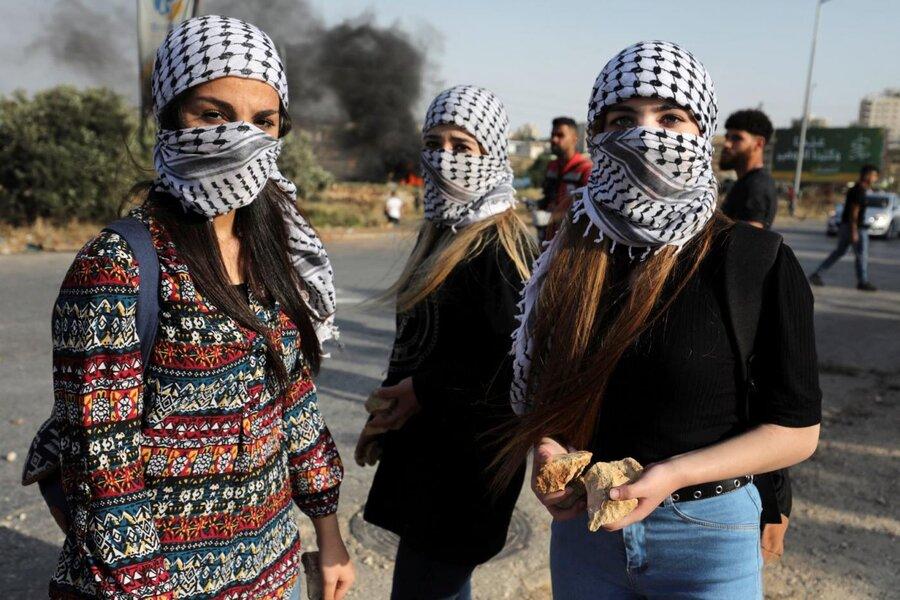 تصاویر| نماد جدید همبستگی یا تروریسم؟ | کوفیه چیست و چگونه از مرزها عبور کرده است؟