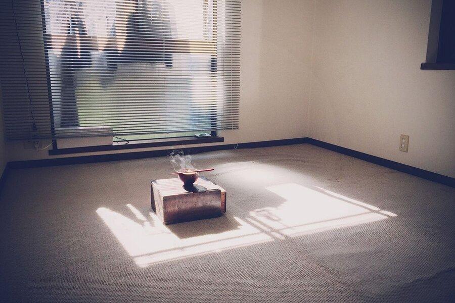 تصاویر | چطور با وسایل اضافه خداحافظی کنیم؟ | هنر دور انداختن چیزها و زندگی مینیمالیستی نویسنده ژاپنی