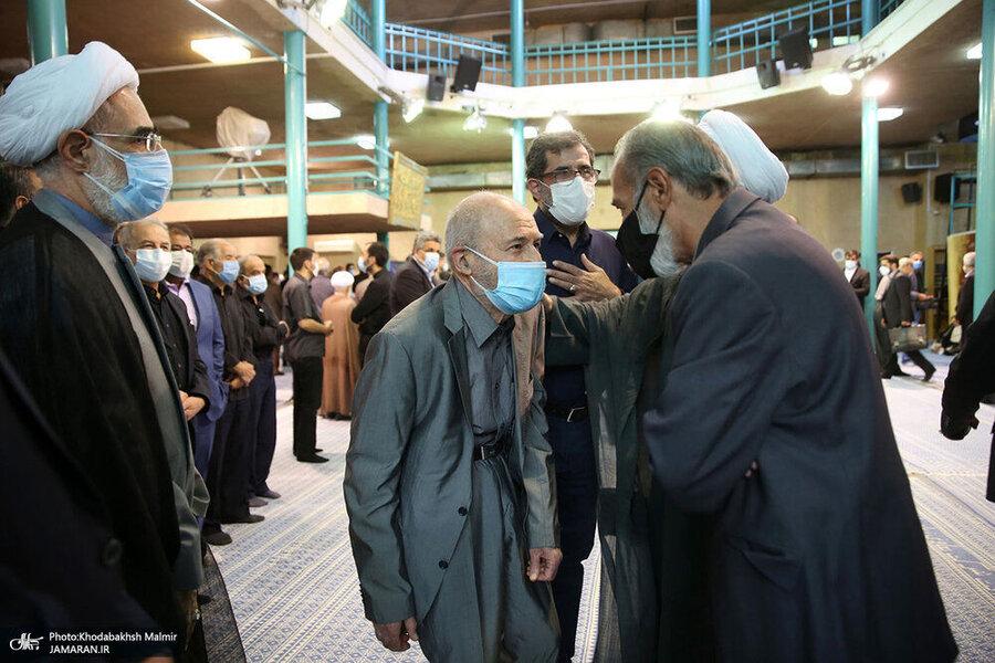 عکس | سیدحسن خمینی، بهزاد نبوی و باهنر در مراسم تشییع مرحوم محتشمیپور
