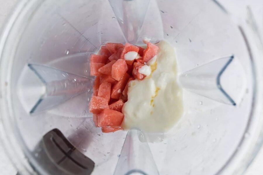 طرز تهیه اسموتی هندوانه   بافت اسموتی را چگونه خامهای کنیم؟