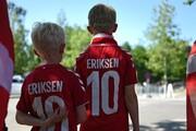 تصاویر | حمایت دانمارکیها و بلژیکیها از اریکسن