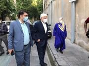 عکس | حضور محمدرضا عارف و همسرش در شعبه اخذ رای