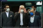 عکس | حضور محسن مهرعلیزاده در حسینیه جماران برای شرکت در انتخابات