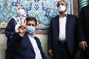 تصاویر | همه ژستهای ناصر همتی هنگام شرکت در انتخابات