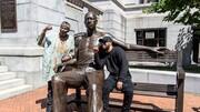 رونمایی از مجسمه سیصد کیلویی جورج فلوید | متهمی که نماد شد!