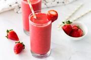طرز تهیه اسموتی توتفرنگی | بهترین مایعات برای استفاده در اسموتیها کدامها هستند؟