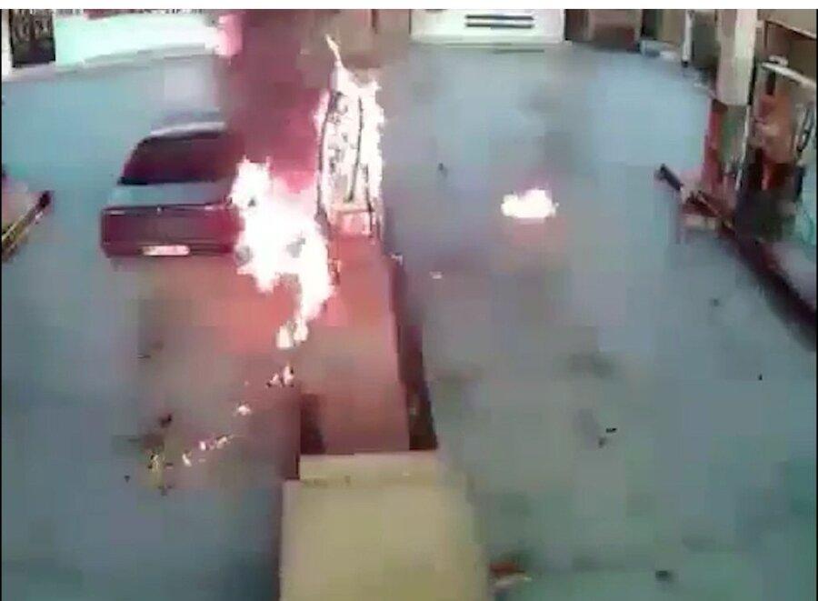 ویدئو   آتش گرفتن ناگهانی پژو در پمپ بنزین   یک جوان زنده سوخت
