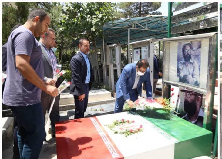 ادای احترام به مقام شهید چمران