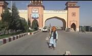 عکس یادگاری طالبان که خاطره دهه ۷۰ را زنده کرد | طالبان پشت دروازه های مزار شریف