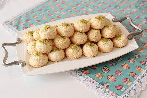 طرز تهیه شیرینی نارگیلی به سبک جدید