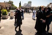 تصاویر | انتقال پیکرهای ۲ خبرنگار جانباخته به تهران | ورود مصدومان سانحه واژگونی اتوبوس به فرودگاه مهرآباد