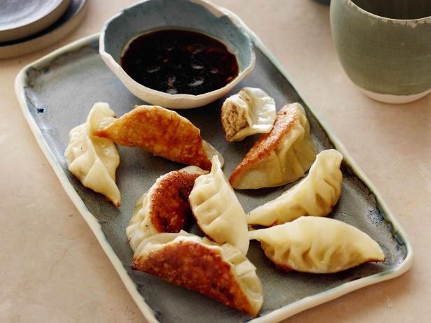Chicken Dumplings - پیراشکی مرغ