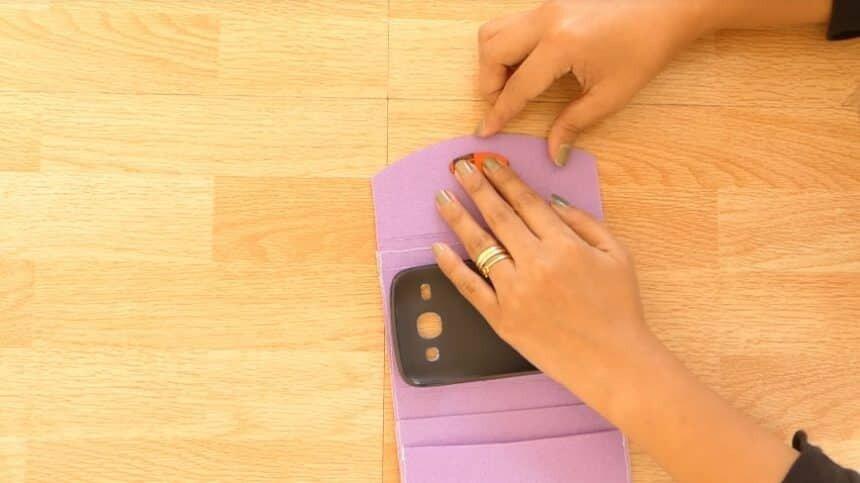 آموزش تصویری ساخت کاور موبایل در خانه