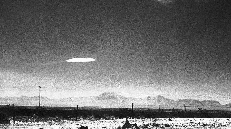 گزارش محرمانه آمریکا از پرواز اشیا ناشناخته در آسمان | موجودات فرازمینی واقعیت دارند؟