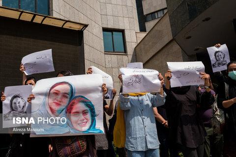 تجمع صنفی اهالی رسانه در سازمان محیط زیست، در پی حادثه واژگونی اتوبوس خبرنگاران