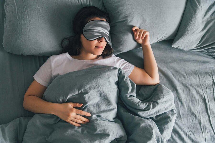 با انجام این ۹ کار مثل یک کودک آرام و راحت بخوابید