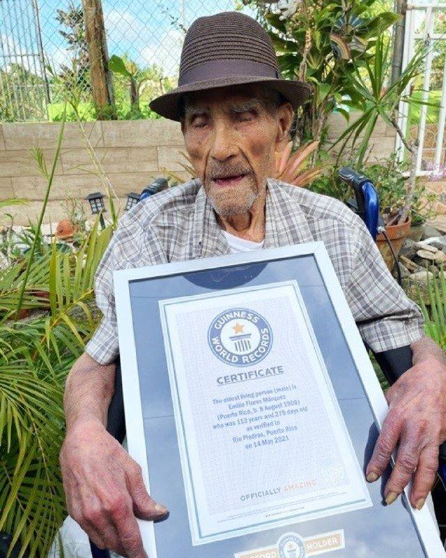 عکس   راز طول عمر مسنترین مرد جهان