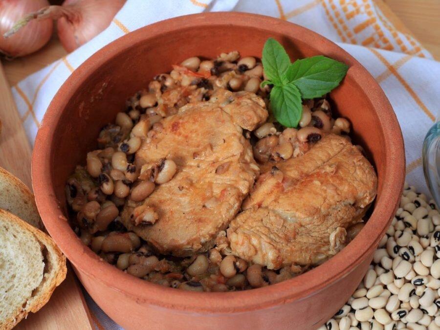 ۱۰ غذای یونانی خوشمزه که باید امتحان کنید