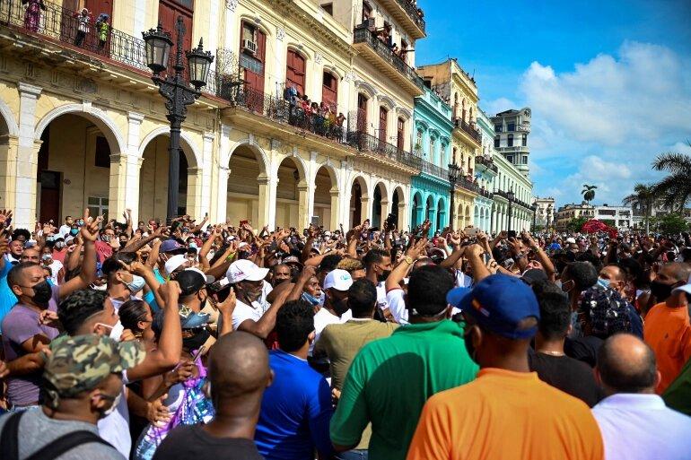 تصاویر   تظاهرات کوباییها با شدت گرفتن مشکلات معیشتی