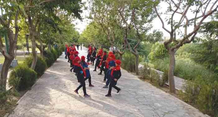 گروه دایی بهنام در راه مسابقات کشوری