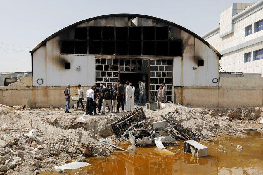 تصاویری از بقایای بیمارستان سوخته در عراق