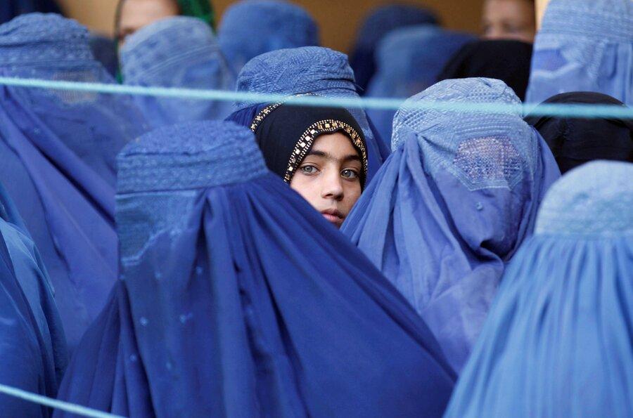 آيا اميد به آينده در نسل جديد زنان افغان با ظهور طالبان از بين رفت؟