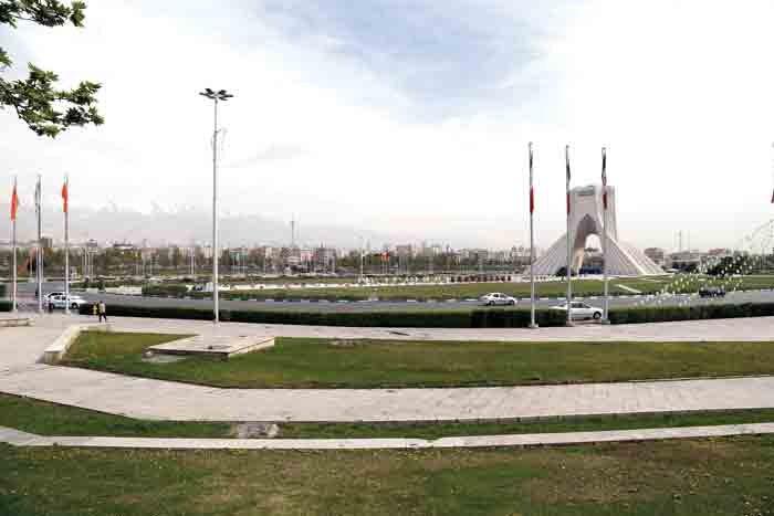 منطقه 9؛ از جاده مخصوص تا برج آزادی