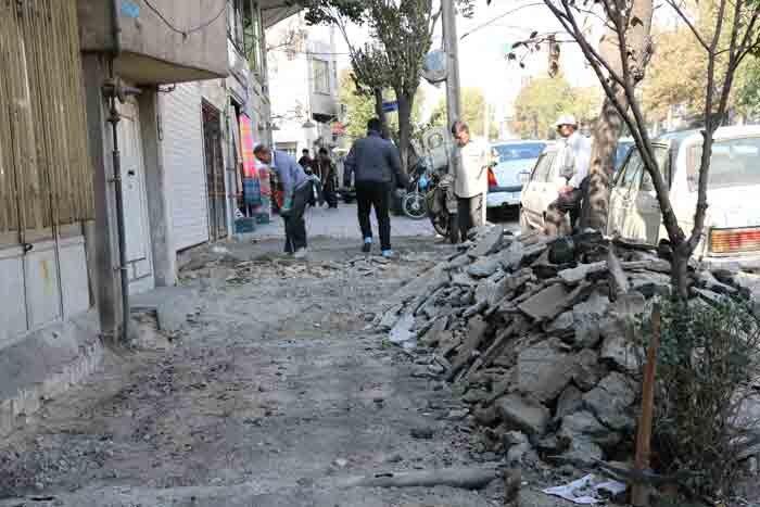 بهسازی پیادهروهای بزرگراه شهید سلیمانی و خیابان گیلان