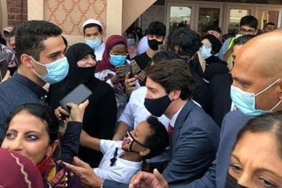 تصاویر | تبریک عید قربان به سبک نخستوزیر کانادا