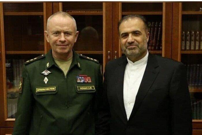 ناوهای ایرانی ارتش به سنت پترزبورگ روسیه رسیدند