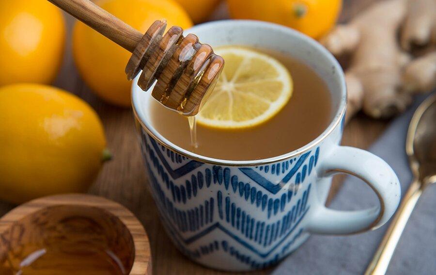 چای خود را به این دلایل با عسل شیرین کنید